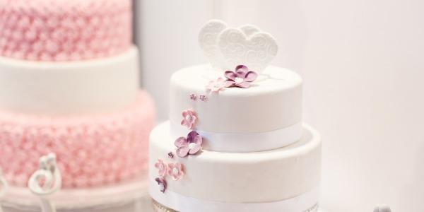 Come diventare cake designer, l'artista della decorazione torte?